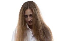 Bild der jungen Frau mit gebeugtem Kopf Stockfotografie