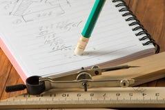 Bild der Notizbuch- und Bleistiftnahaufnahme lizenzfreies stockbild