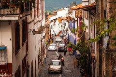 Bild der Straße an der bunten Stadt von Taxco, Guerrero Lizenzfreies Stockfoto