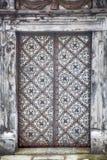 Bild der Tür Apostel an der Kirche von St Peter und von Paul im Schnee in Krakau Stockbild