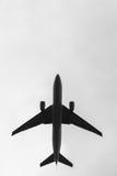Bild des Flugzeuges im Himmel Lizenzfreie Stockfotos