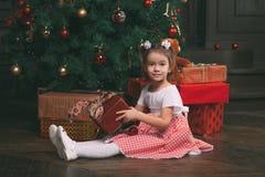 Bild des kleinen netten Mädchens Lizenzfreies Stockfoto