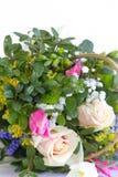 Bild des schönen bunten Blumenstraußes der frischen Blumen Lizenzfreie Stockfotografie