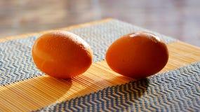 Bild des selektiven Fokus einiger frischer Eier Lizenzfreies Stockfoto