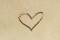Bild eines Herzens auf dem Sand Lizenzfreies Stockbild