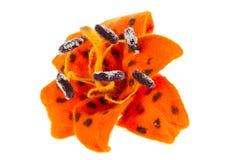 Bild för blomma för tigerlilja som göras från ull Arkivbilder
