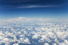 Bild för himmelmolnbakgrund Arkivbild