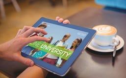 Bild för komposit 3d av att le studenter på universitetet Fotografering för Bildbyråer