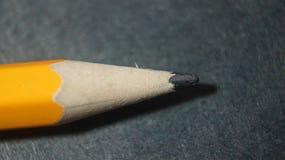 Bild-gelber Bleistift auf Lager stockfotografie