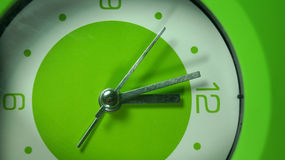 Bild-grüne Uhr auf Lager Lizenzfreie Stockfotos