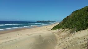 Bild-perfekter Strand in Mosambik stockbilder