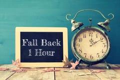Bild von Herbst Zeitumstellung Zurück fallen Konzept Lizenzfreie Stockfotos
