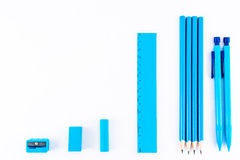 Bildande av isolerade blått skriva utrustning Fotografering för Bildbyråer
