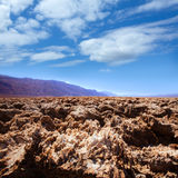 Bildande för jäkelgolfbanaDeath Valley salta lera Royaltyfria Foton