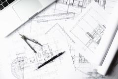 Bilden av teknik anmärker på bästa sikt för arbetsplats Konstruktion Arkivbild