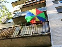 bilden för färg 3d framförde paraplyet Arkivbild