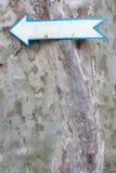 bilden för pilen 3d framförde tecknet Arkivbilder