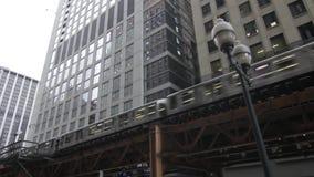 Bilden Sie auf Chicago-` s erhöhten Bahnen 1080p aus stock video