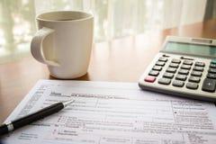 Bilden Sie 1040A, U S IndividualeinkommenSteuererklärung Stockfoto