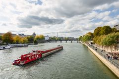 Bilder av Paris, medan promenera floden Seine Royaltyfri Bild