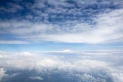 Bilder der hohen Auflösung von clounds und von blauem Himmel Stockbilder
