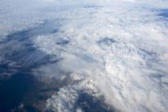 Bilder der hohen Auflösung von clounds und von blauem Himmel Lizenzfreie Stockfotografie