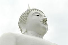 Bilder von weißem Buddha in Thailand Stockbild