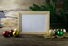 Bilderrahmen- und Weihnachtsdekorationen Lizenzfreie Stockbilder
