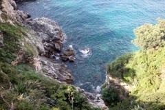 Bildhaftes blaues adriatisches Meer Stockfotos