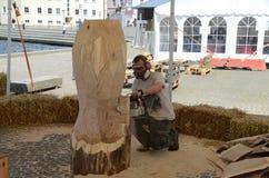 Bildhauer bei der Arbeit Stockbilder