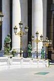 Bildhauerisches Ensemble nahe dem archäologischen Museum von Skopje, Mazedonien lizenzfreie stockfotos