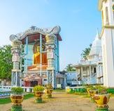Bildhuset av den buddistiska templet i Negombo Royaltyfri Fotografi