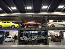 Bildschirmanzeige des Fußbodens zwei der Scion-Autos Stockfoto