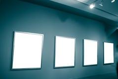 Bildschirmanzeige in einem Museumsfeld Stockfotografie