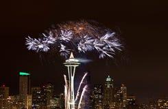 Bildschirmanzeige Seattle mit 2012 Feuerwerken. Lizenzfreies Stockbild