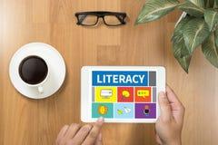 BILDUNG Bildungs-Schulfinanzbildung zur Bildung Stockbild