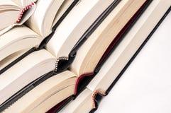 Bildung und offene Bücher Lizenzfreie Stockbilder