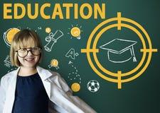 Bildungs-Wort-Hut-Computer-Lernen-grafisches Konzept Stockfotos