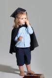 Bildungsjunge mit Bleistiftkasten Lizenzfreies Stockfoto