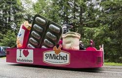 Bilen av St Michel Madeleines - Tour de France 2014 Arkivfoton