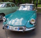 Bilen DS Citroen på show av retro bilar Royaltyfri Foto