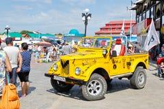 Bilen GAZ 69 Arkivfoto