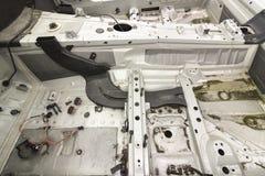 Bilen svarar för reparation Arkivbild