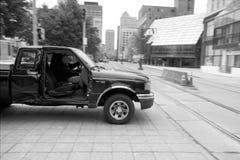 Bilen väljer upp utan dörren i buffeln NY fotografering för bildbyråer