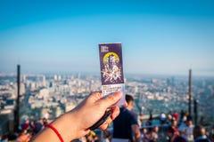 Bilet dla odwiedzać przy królewiątko władzy Mahanakorn budynkiem przy 78th podłoga dachu wierzchołkiem w Bangkok, Tajlandia fotografia royalty free