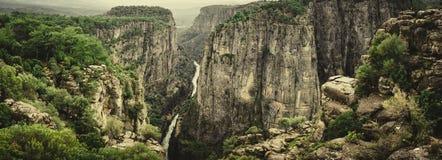 Каньон Bilgelik Vadisi Tazi в Manavgat, Анталье, Турции Изумляя ландшафт и clif Долина премудрости Красота в природе стоковая фотография