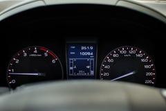 Bilhastighetsmeter Royaltyfria Bilder