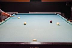 Biljard billiardtabell Bollar på billiardtabellen Royaltyfri Fotografi