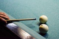 Biljard billiardtabell Uppsätta som mål stickrepliken i bollen för rackarunge Arkivfoton