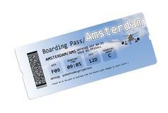 Biljetter för flygbolaglogipasserande till Amstersam isolerade på vit Fotografering för Bildbyråer